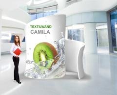 Messewand Camila