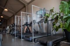 Schutzwand für Fitnessstudio Trennwand nach Maß