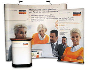 Messewand mit Roll-Up